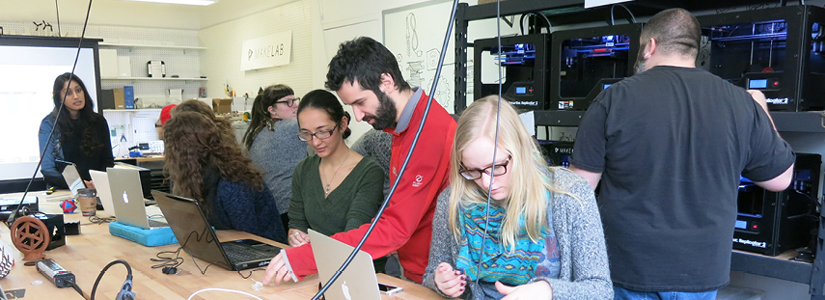 photo of Social Anthropology students at work in a lab