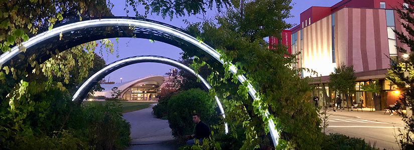 photo of the common arches and York subway station at dusk
